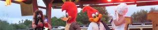 Animación de Calle de Halloween: Las calles del parque PortAventura en Halloween se llenan de terror en cualquier momento, con un montón de terroríficos personajes, y las mascotas de PortAventura disfrazadas para celebrar el Halloween de Port Aventura.