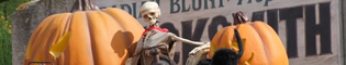 Halloween en Far West: La ciudad de Penitence se llena de esqueletos, telarañas y calabazas de todo tipo.
