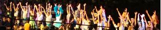La Parada del Verano: Un desfile nocturno con música, baile y todos los personajes de PortAventura en Mediterrània.