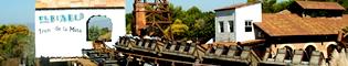 El Diablo - Tren de la Mina: En México de PortAventura todo tiembla en el trayecto de esta antigua mina de plata al paso de las vagonetas. Dice la leyenda que las conduce el Diablo. Una divertida montaña rusa de Port Aventura.