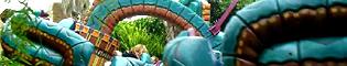 Serpiente Emplumada: Esta gran serpiente se contornea dando vueltas y vueltas por los aires.