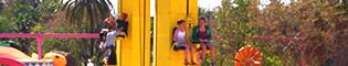 El Salto de Blas: El Salto de Blas son dos torres de 7 metros en las que los niños podrán decidir la altura a la que quieren llegar y caer en SésamoAventura de PortAventura Park.