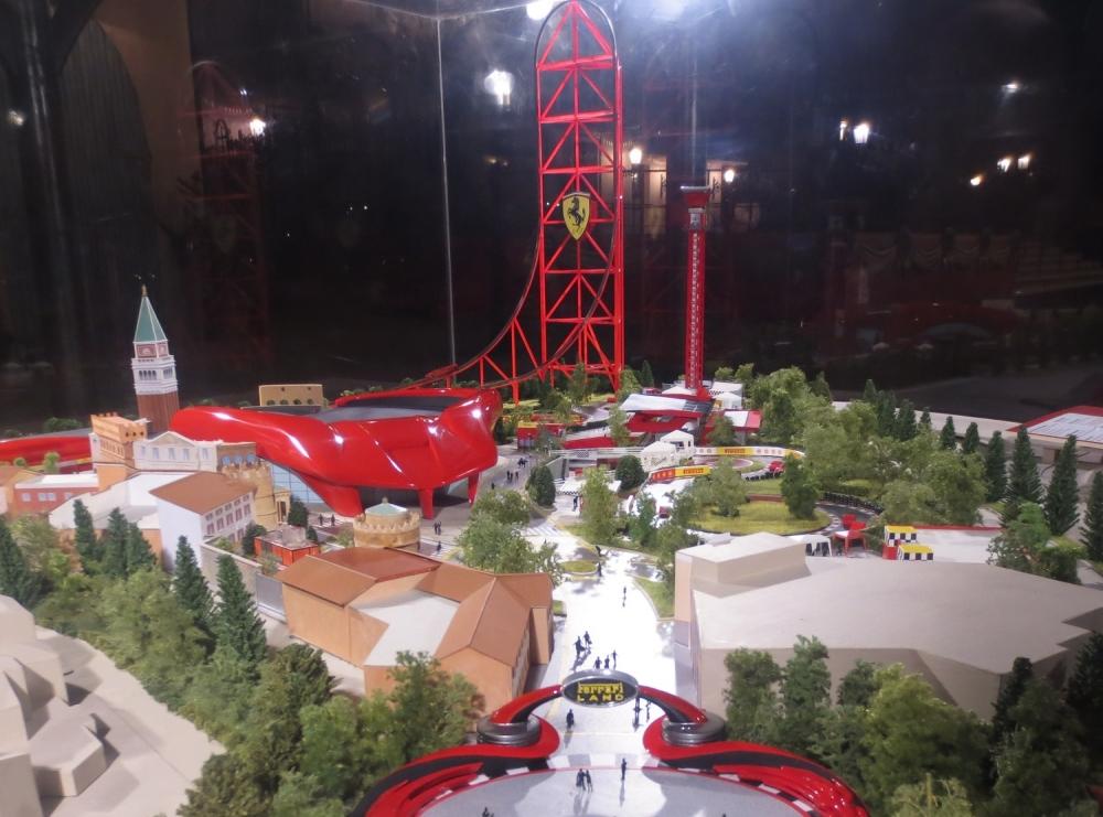 La maqueta de Ferrari Land al detalle
