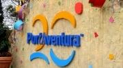 Autoridades locales y responsables de PortAventura descubrieron una placa en conmemoración del 20 aniversario