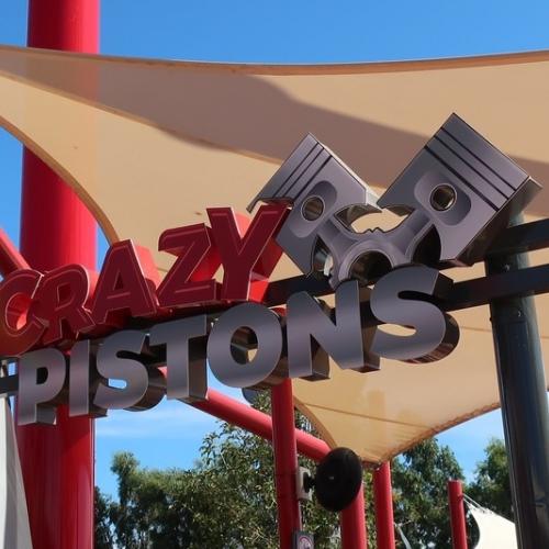 Crazy Pistons